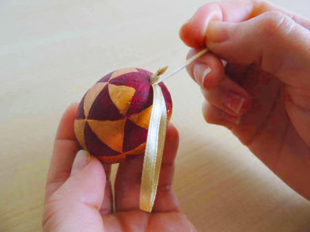 modern húsvéti tojás